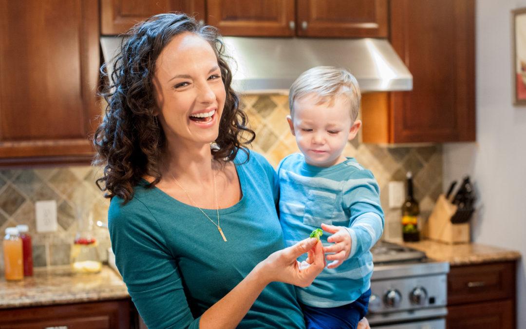 Ep 21 – Food Sensitivities Vs. Food Allergies with Guest Rebekah Fedrowitz